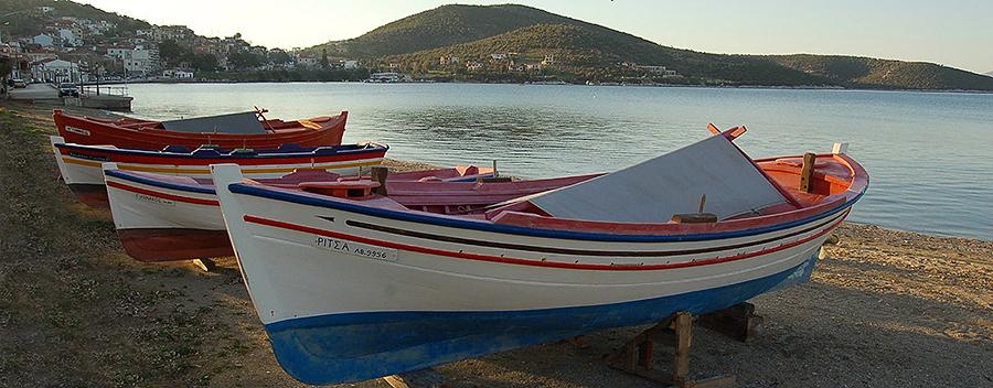 boat_stories_2_villa_polyxena_fx